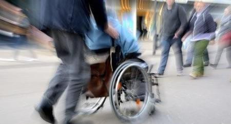 Witze über Behinderte - z. B. über Rollstuhlfahrer sind ok?