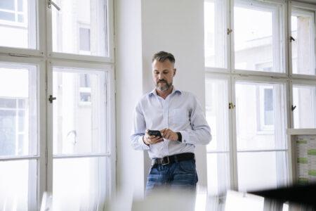 Besser telefonieren ist in wenigen Minuten möglich. Diese 5 Tipps unterstützen Sie darin.